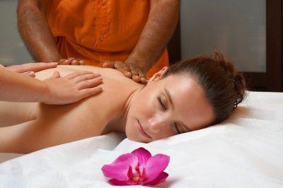 Tantická masáž s lotosovým květem Svitavy